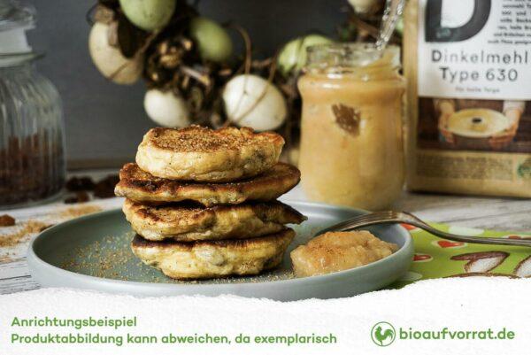 Pfannkuchen aus Antersdorfer Dinkelmehl mit Apfelmus