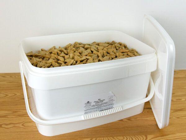 Sommer & Co. Dinkel Oliven-Snacks Kräuter der Provence unverpackt im Eimer 6,5kg