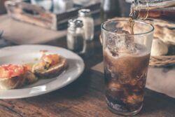 Cola, Limonade, Erfrischungsgetränke