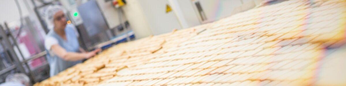 Produktion von Bio-Gebäck der Marke SOMMER